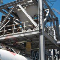 Bulk tanker truck telescopic chute loading system