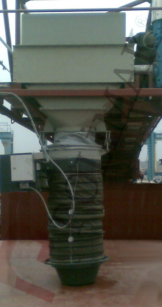 Dry bulk tanker ship loading chute